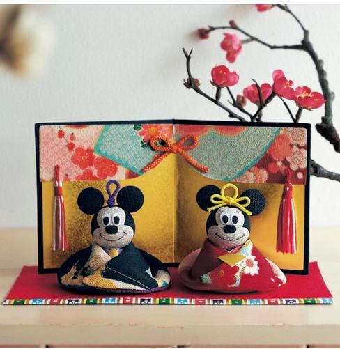 ちりめん素材の親王飾り「ミッキーマウス&ミニーマウス」
